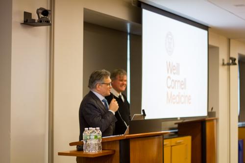 Dr. Härtl fields questions with Dr. Daniel Fitzgerald