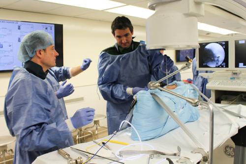 Dr. Fernando Nin practices new techniques