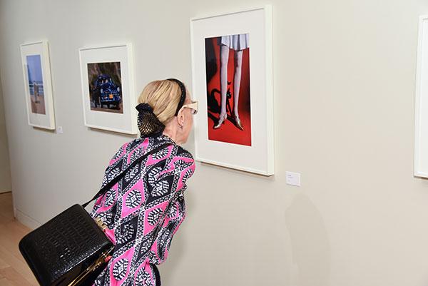 Browsing at the Elliott Erwitt KOLOR exhibit at the Edwynn Houk Gallery