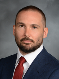 Spine Surgery Specialist Dr. McGrath Joins Faculty in Queens